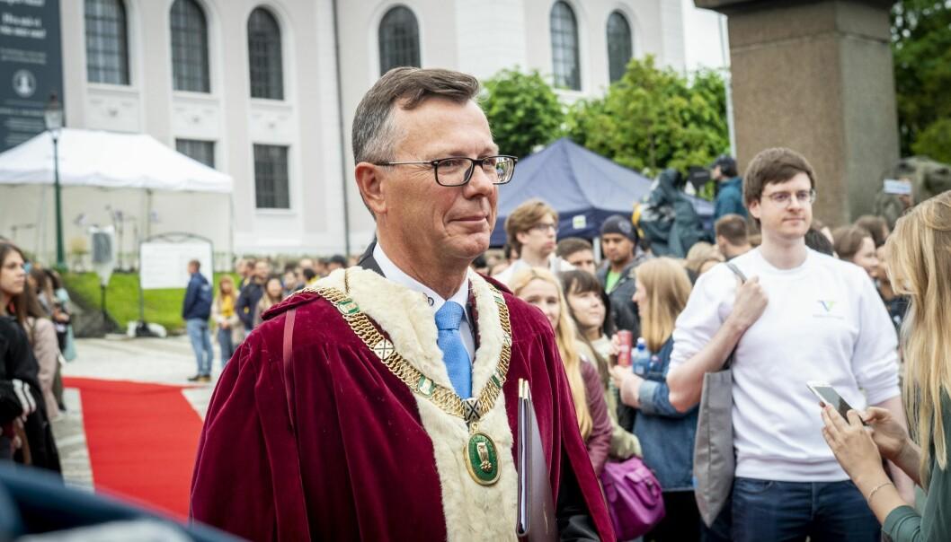 Rektor på Universitetet i Bergen Dag Rune Olsen under årets studiestart i Bergen. Foto: Tor Farstad