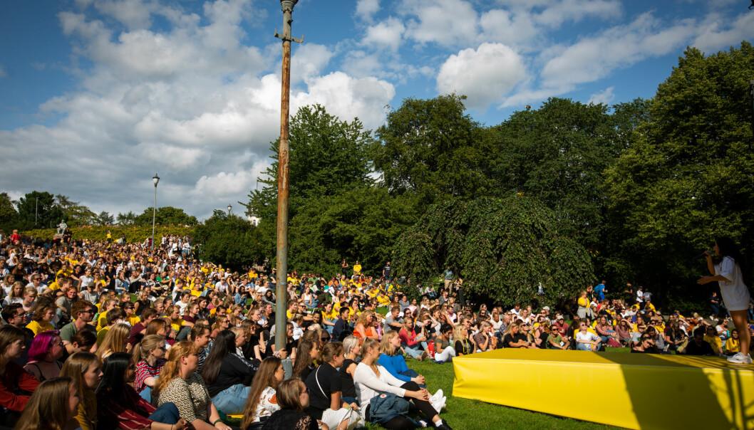 Vil studenter kunne møtest fysisk ved OsloMet til høsten, slik som disse gjorde høsten 2019? Foto: Runhild Heggem