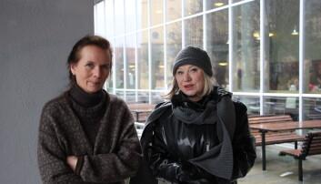 Margery Vibe Skagen og Lillian Helle fra forskergruppen litteratur og vitenskap er blant forskerne som deltar på Institutt for fremmedspråk sin konferanse om aldring og alderdom. Foto: Hilde Kristin Strand