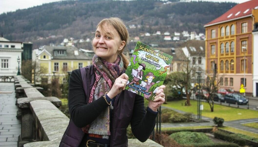 Professor ved Universitetet i Bergen, Bodil Holst, har selv svært gode erfaringer med å få hjelp av konsulenter i arbeidet med å skrive forskningssøknader. Bildet er fra da hun ga ut forskning i tegneserieformat.