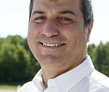 Det var kolleger som først varslet om skandalekirurgen og forskeren Paolo Macchiarini.