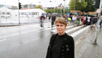 Instituttleder for Institutt for global helse og samfunnsmedisin ved Universitetet i Bergen, Guri Rørtveit, mener man må nyansere hva man mener med nødvendige funksjoner ved et universitet.