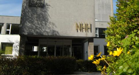 Sensor ved NHH glemte å fjerne personlige notater. Det skapte reaksjoner.