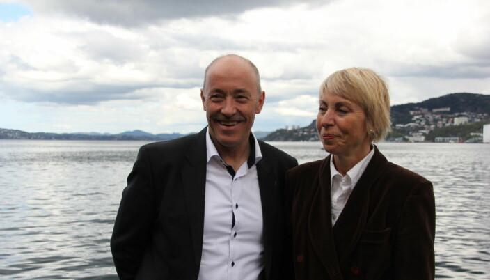 Ole Arve Misund og nåværende havforskningsdirektør Sissel Rogne sto skulder ved skulder i 2017.