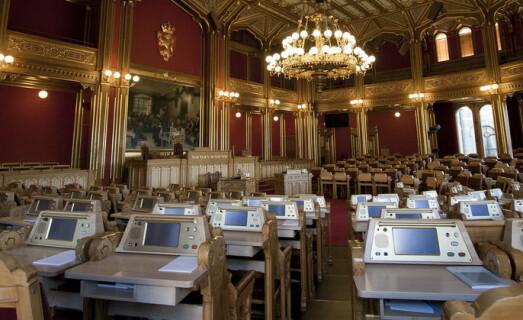 """Det er Stortinget som har bestemt at ansattstemmene i rektorvalg skal vektes ulikt. Foto: Stortinget/Flickr <span class=""""caps"""">CC</span> <span class=""""caps"""">BY</span>-<span class=""""caps"""">ND</span>2.0"""