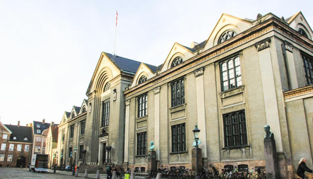 Studenter ved Københavns universitet gjør opprør mot at en eksamen skal avholdes fysisk i stedet for digitalt.