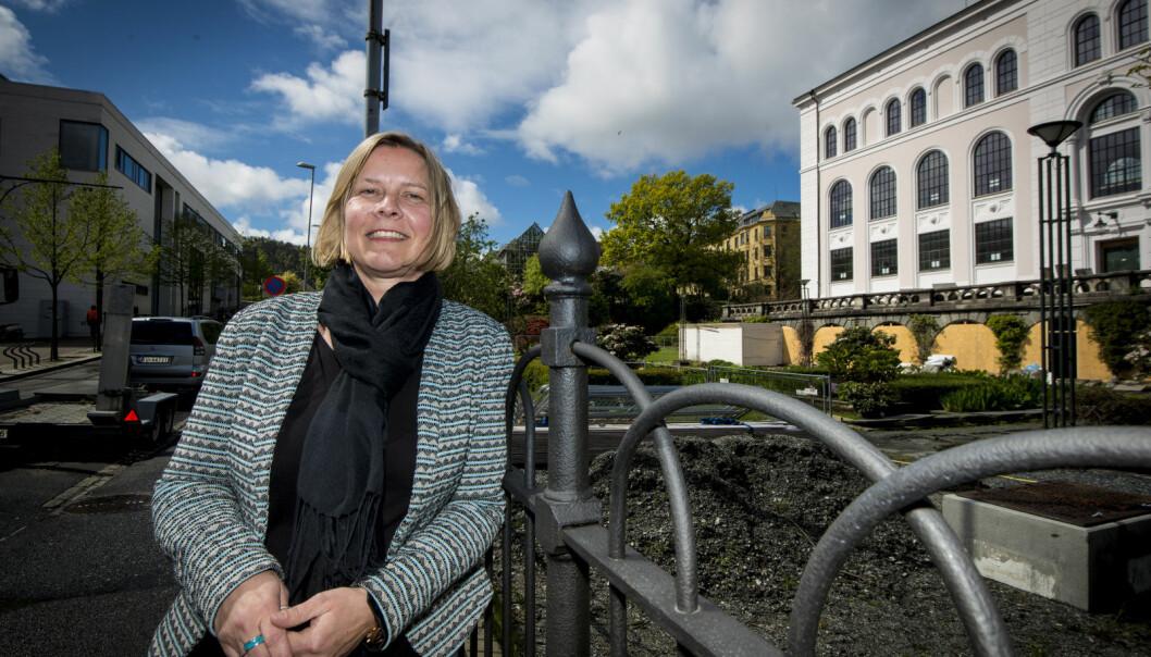 — Koronaepidemien gjør at fakultetets økonomi blir mer anstrengt, sier Heidi Anette Espedal.