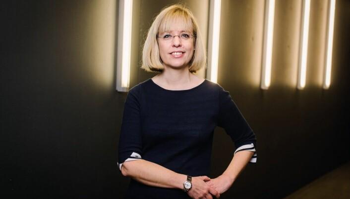 Språkrådets direktør, Åse Wetås, meiner undersøkinga viser at det språklege medvitet er sterkare blant dei som underviser på universitet og høgskular. Foto: Språkrådet