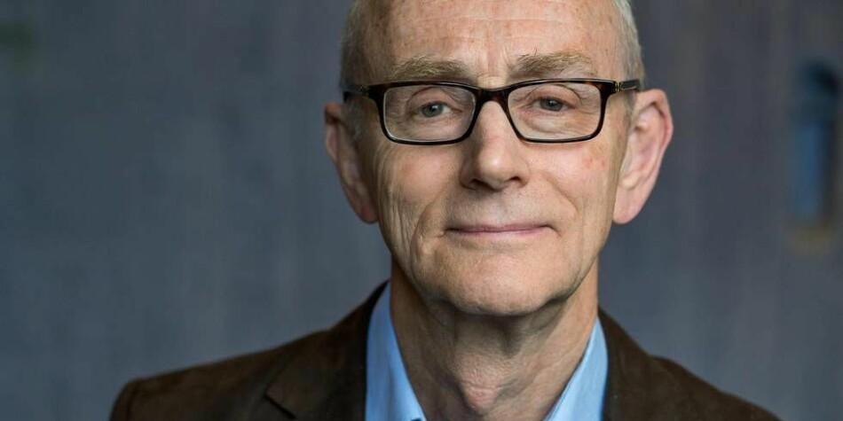 Professor emeritus i jus og leder i det eksterne klageutvalget i Forskningsrådet, Jan Fridthjof Bernt, tror det kan være flere årsaker til at færre klager på Forskningsrådets avgjørelser. Foto: Eivind Senneset