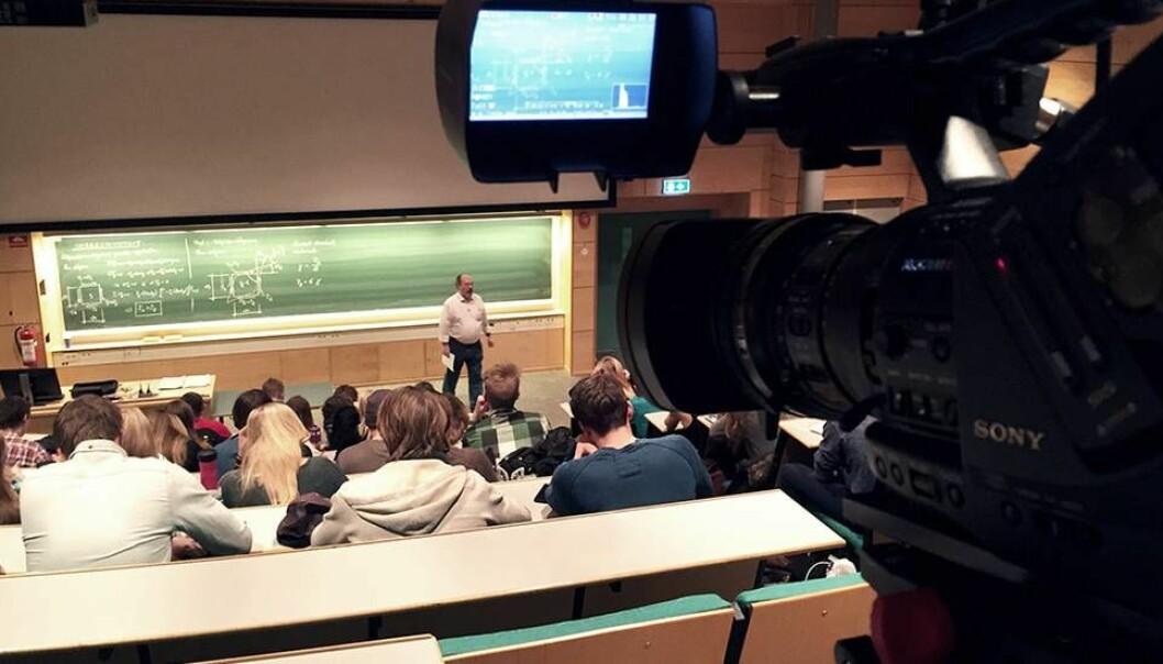 Mange forelesere kjenner på et ubehag ved at en forelesning blir filmet og lagt ut.