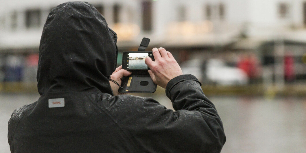 I januar 2017 var det stormflo på Bryggen i Bergen. Nettopp klima er ei av sakene der humanistar kan bidra med forsking, har Forskingsrådet tidlegare sagt. Men lite klimapengar går til anna enn naturvitskapeleg forsking, viser ein ny studie. Foto: Tor Farstad