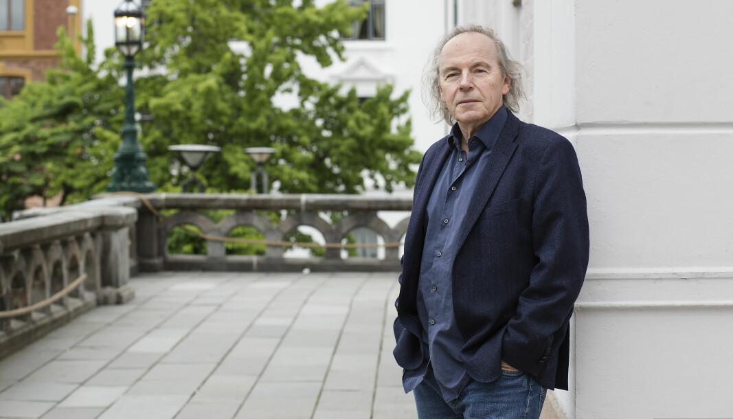To forlag i Sverige og Finland har sikret seg rettighetene til Terje Tvedts bok «Verdenshistorie. Med fortiden som speil» etter budrunder.