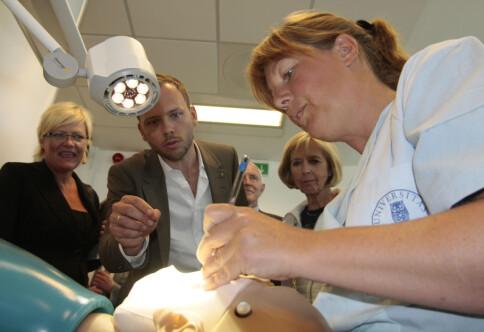 Nesten åtti prosent av komande tannlege-studentar er kvinner