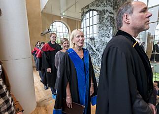 Forskarane prioriterer engelsk, men Universitetet i Bergen vil vere «språklig forbilde» på norsk