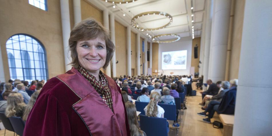 — Vi vil også tilby økonomisk støtte, hvis det skulle være et problem sier Oddrun Samdal, viserektor for utdanning. Foto: Tor Farstad