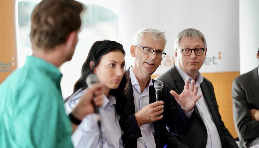 — At vi får det til skyldes hardt arbeid, sa rektor på NHH, Øystein Thøgersen i debatten. Foto: Ketil Blom Haugstulen