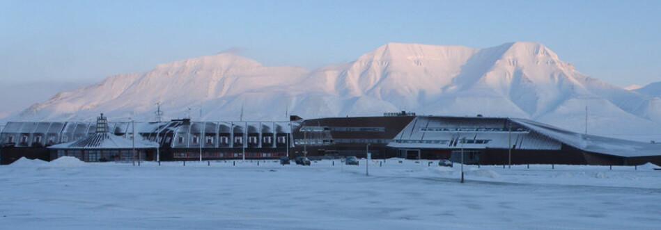 Universitetssenteret på Svalbard er største arbeidsplass i Longyearbyen. Foto: Hanne Christiansen/UNIS