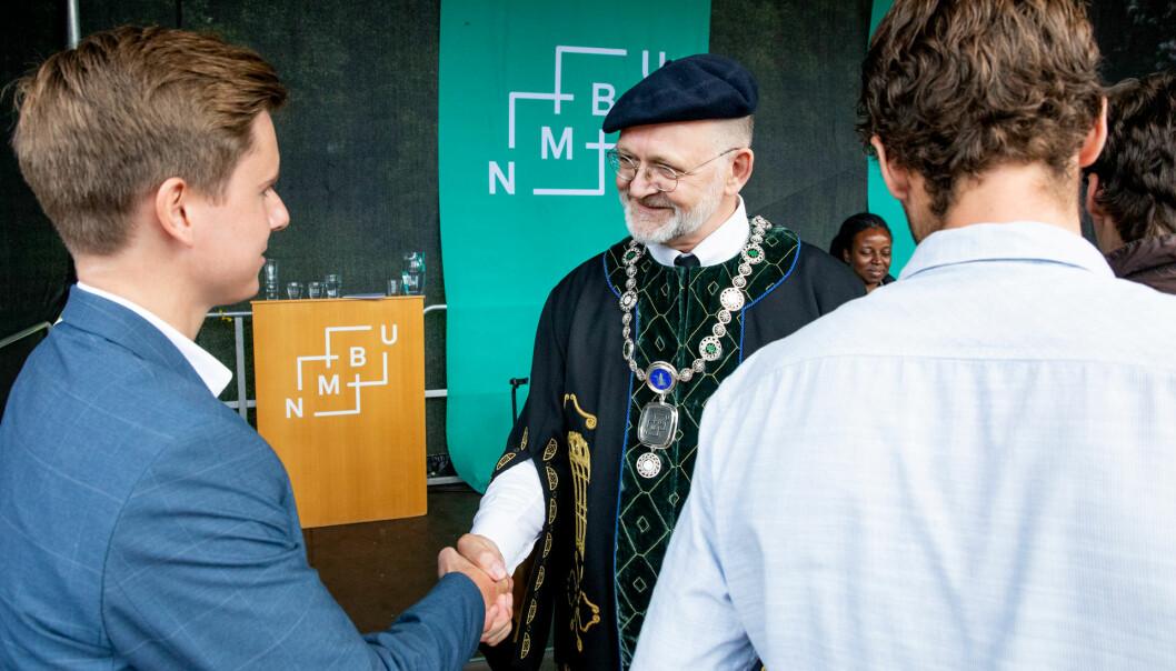 Rektor Sjur Baardsen ved NMBU foreslår endringer som tas godt imot av studentene.