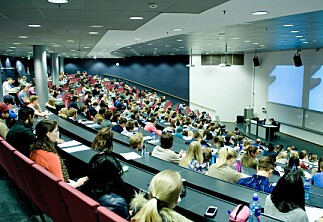 Kaller inn studenter til muntlige høringer for å avdekke juks