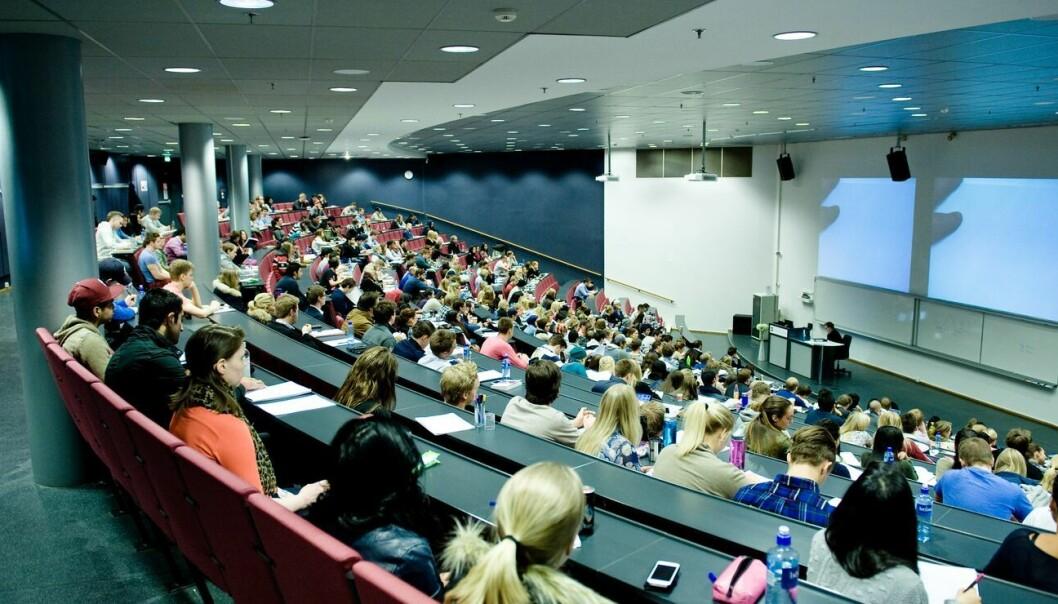 BI-studenter risikerer å måtte forsvare eksamensoppgaven de har levert, hvis BI mistenker at de har jukset.