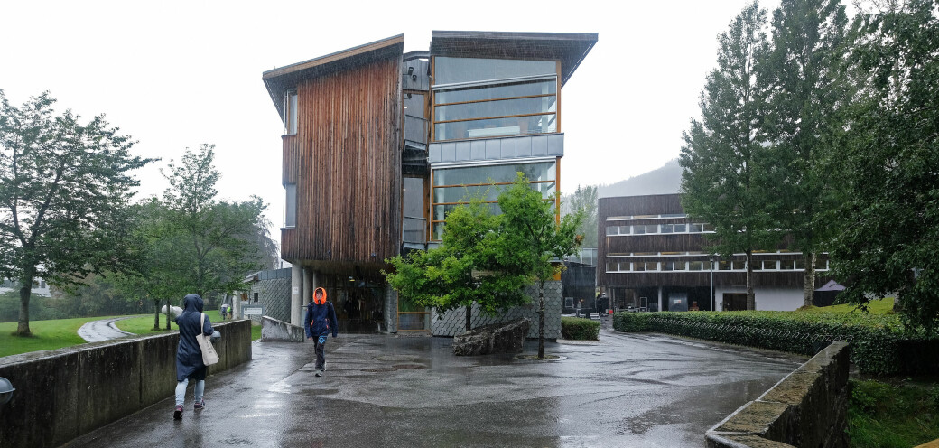 Her i Volda, hvor Høgskulen i Volda ligger, øker smitten nå. I Volda ble 81 bekrefta smittet onsdag og torsdag.