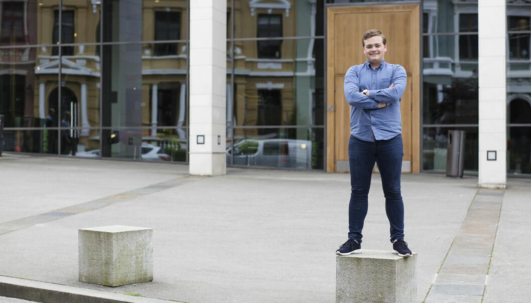 Andreas Trohjell, som leder Studentparlamentet ved Universitetet i Bergen, vil fremdeles ha valgt rektor som styreleder. Foto: Silje Katrine Robinson