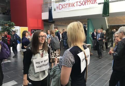 Studenter ved Nord universitet vurderer rettslige skritt på Nesna