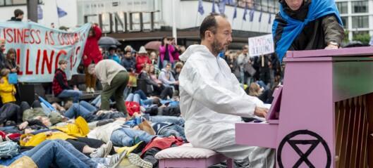 Die-in for klimaet i Bergen