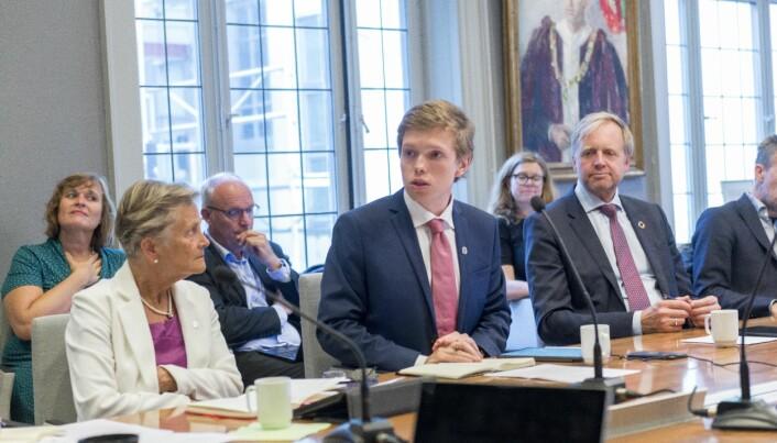 Gard Skulstad Johanson har vært studentenes representant i universitetsstyret til UiB de siste to periodene. Nå håper han å få tillit en tredje periode.