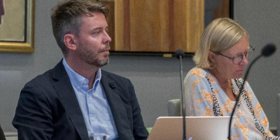 Eirik Hovden , styrerepresentant ved Universitetet i Bergen for de midlertidig ansatte , mener at universitetet trenger midlertidige stillinger. Foto fra et tidligere styremøte: Tor Farstad.
