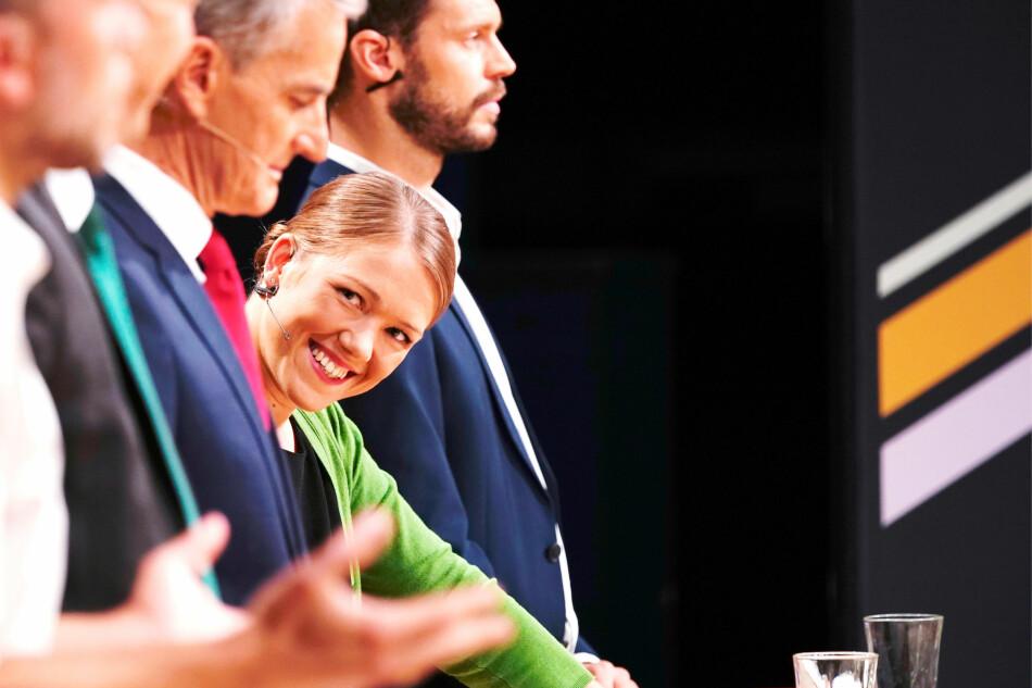 Politiske slagord er i dag formulert slik at de ikke kan måles, skriver professor på Høgskulen på Vestlandet. Avbildet nasjonal talsperson i Miljøpartiet de grønn, Une Aina Bastholm, under partilederdebatten på NRK fredag kveld. Foto: Ole Martin Wold / NTB scanpix