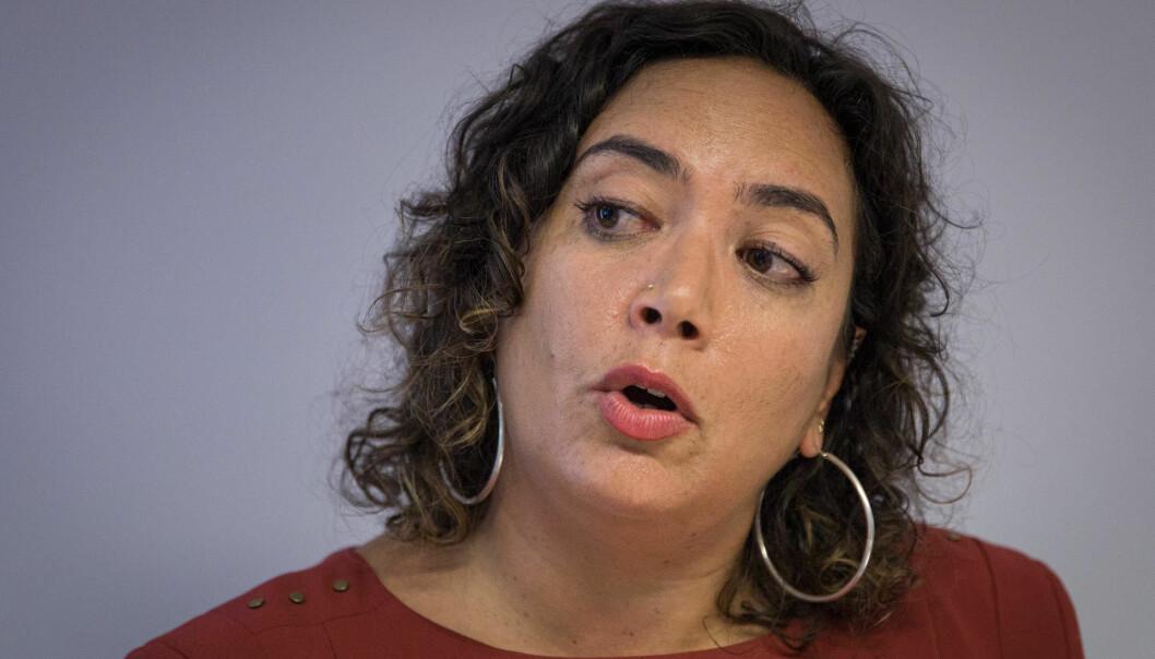 Forsker Mona Abdel-Fadil mener små kommentarer kan virke harmløse, men i store mengder kan det være et problem. Foto: Siri Øverland Eriksen