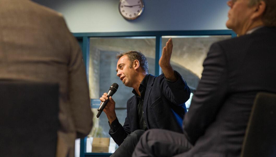 Jussprofessor Malcolm Langford ved Universitetet i Oslo er overrasket over den høye andelen utenlandske forskere som oppgir at de har følt seg diskriminert. Foto: Siri Øverland Eriksen