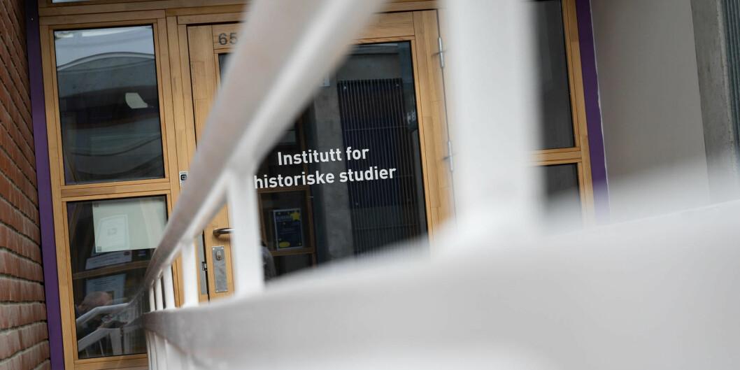 Det er stor usemje kring dei nye namna til dei to nyoppretta historiske institutta ved NTNU. Dei to blei til etter at det gamle Institutt for historiske studier (IHS) vart lagt ned i fjor haust, etter år med konflikter. Foto: Skjalg Bøhmer Vold