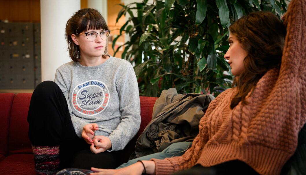 Maia Vige Helle (t.v) og Marlene Lindtner. Foto: Skjalg Bøhmer Vold