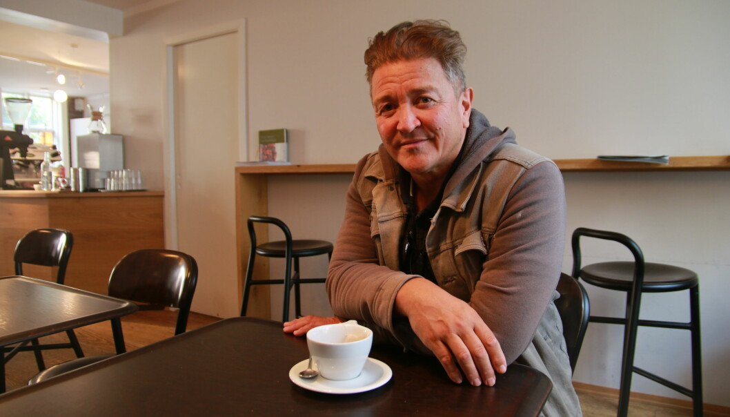 Rolf Erik Scott fekk medhald i at han har krav på fast stilling ved UiB. Men han vil ikkje tilrå sine eigne barn å satsa på ei karriere i akademia.