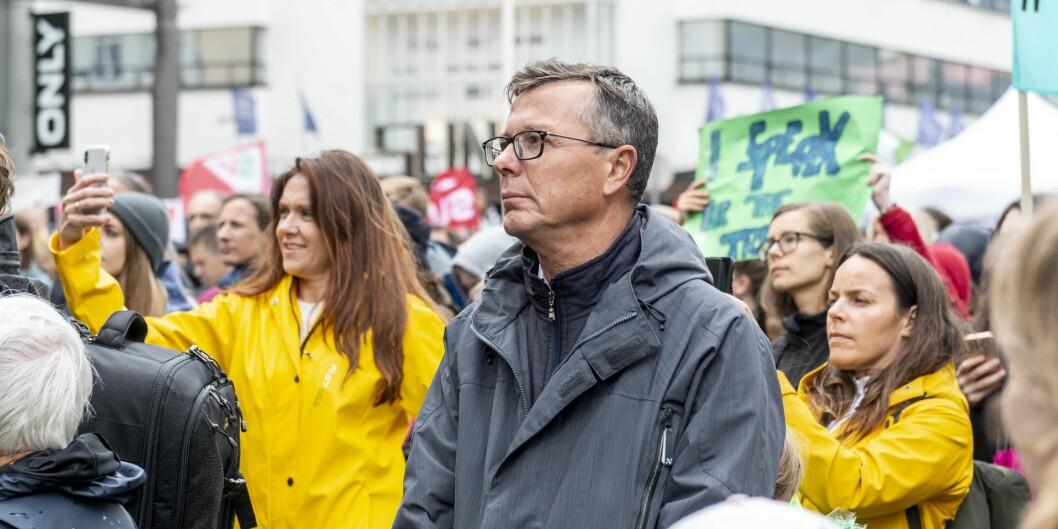 UiB-rektor Dag Rune Olsen på klimademonstrasjon i Bergen. Foto: Tor Farstad