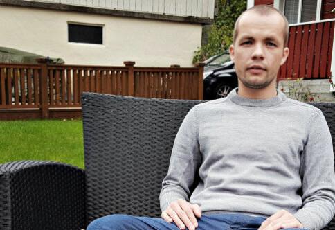 Alexander er en av 163 norske studenter i Ungarn som går til sak mot staten: — De har dratt ryktet vårt gjennom søla