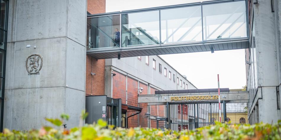 Her, ved Politihøgskolen i Oslo, skal antallet studenter ned med 150. Dermed blir det Politihøgskolens minste studiested. Foto: Torkjell Trædal