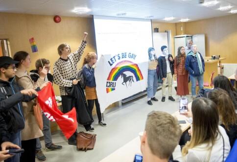 Demonstrerte under homofili-møte