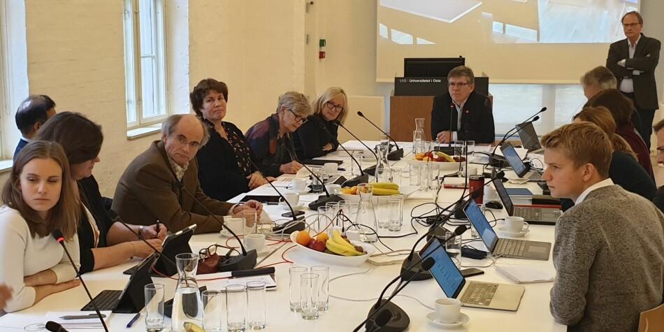 På styremøtet til Universitetet i Oslo var det lite diskusjon da styret vedtok å samlokalisere arkivtjeneste på universitetet. Foto: Mats Arnesen