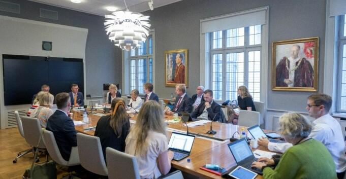 Styremøte: Den store budsjettdagen