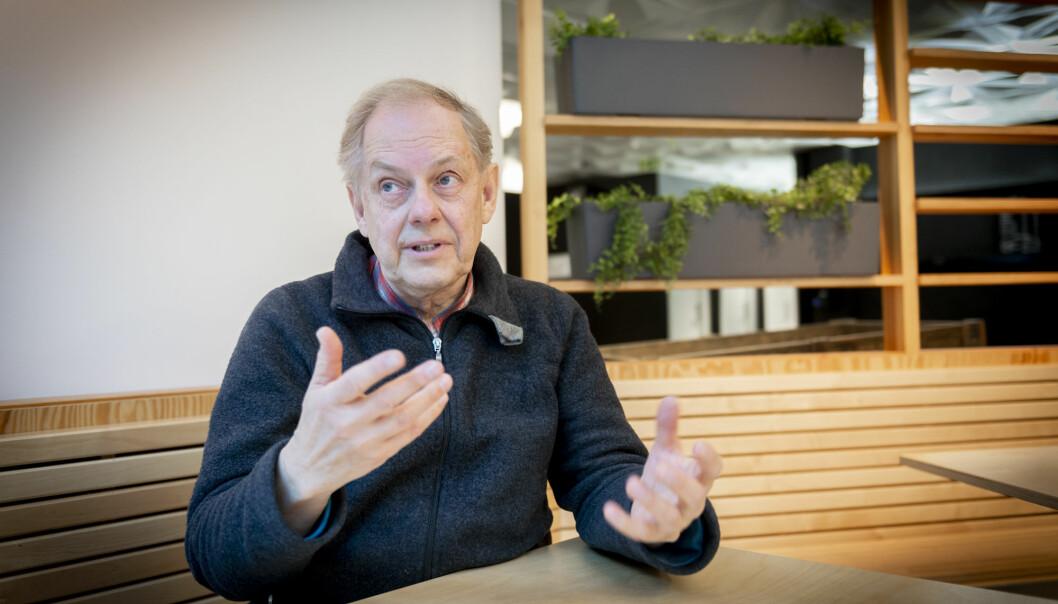 Gunnstein Akselberg brenn for formidling, og meiner ein kan formidla kva som helst. Foto: Tor Farstad