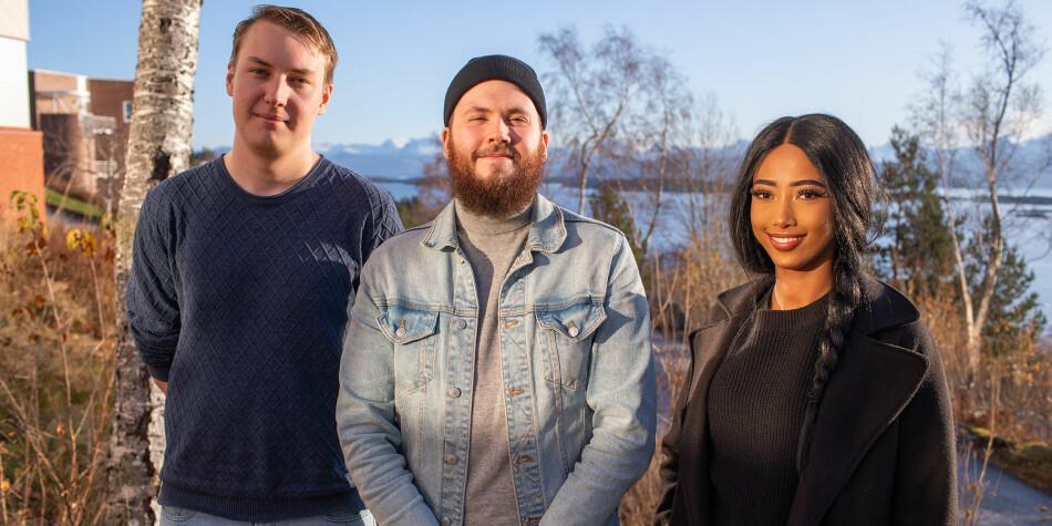 Øyvind Alexander Ordemann (t.v.), Markus Lilleheil (leiar) og Bemnet Meselu (nestleiar) sit alle i styret for Studenttinget i Molde, som no har fatta førstegangsvedtak om å melde seg ut av NSO. Foto: Arild J. Waagbø