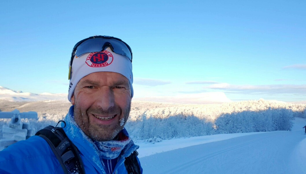 Professor Ulf Ekelund forsker på sammenhengen mellom fysisk aktivitet, stillesittende og helse i alle aldersgrupper. Han er blant verdens og Norges mest siterte forskere. Foto: Privat