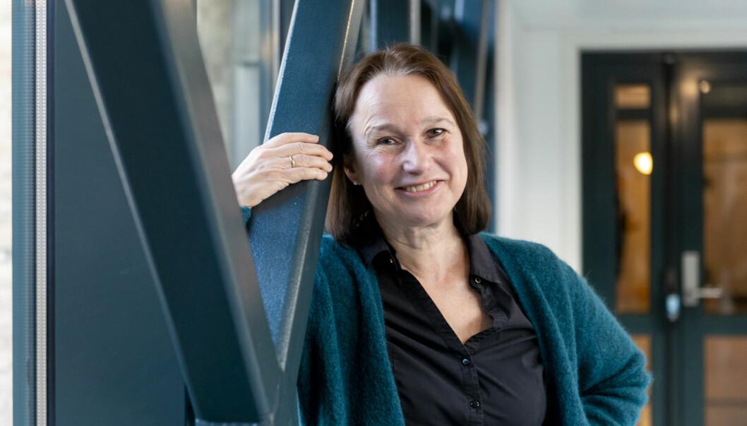Det er vanskeleg å framleis kunne ha ei karriere som forskar dersom ein har brote dei forskingsetiske retningslinjene, seier jussprofessor Ragna Aarli. Foto: Tor Farstad