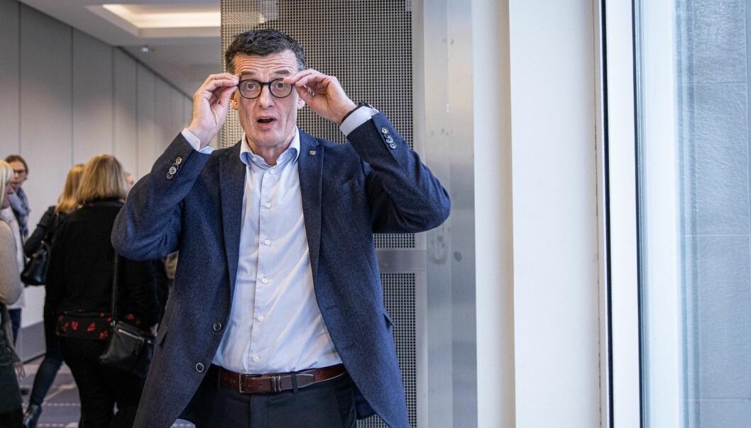 Rektor Klaus Mohn ved Universitetet i Stavanger er tydelig på at styrevervene hans overhodet ikke rokker ved kredibiliteten hans som rektor ved Universitetet i Stavanger.