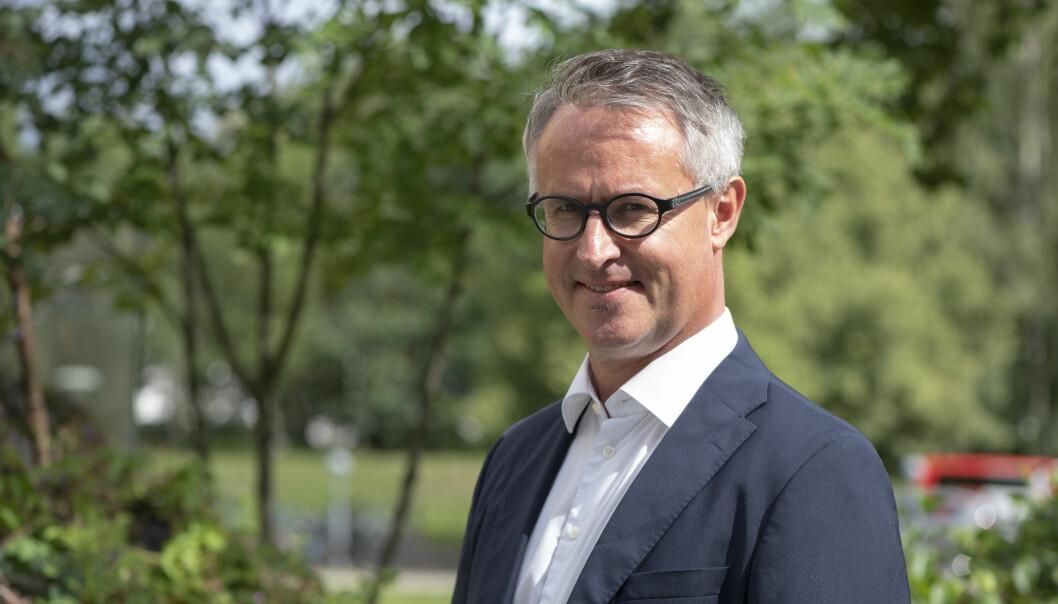 Normal koronaope ved VID høgskole i Bergen frå mandag, seier rektor Bård Mæland.