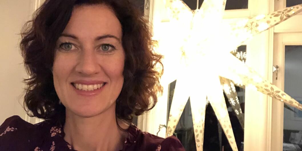 Alette Gilhus Mykkeltvedt er fakultetsdirektør ved Uiniversitetet i Bergen. Hun gleder seg til storfamiliejul, og dersom Iselin Nybø titter innom, er det fare for at effektiviseringskutt blir tema. Foto: Privat