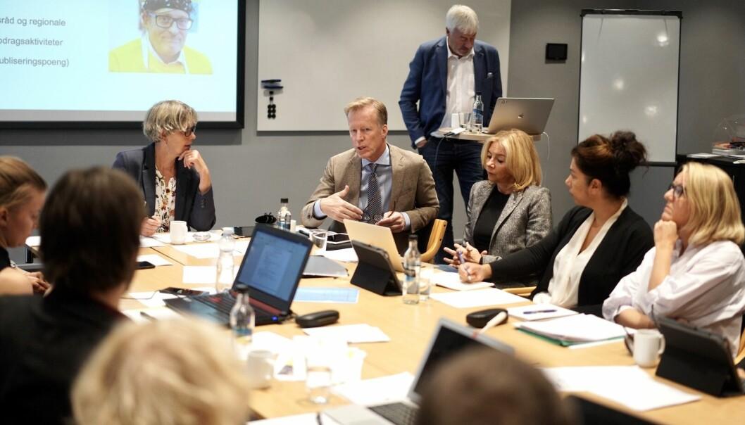 Styret ved OsloMet skal møtes fysisk igjen 15. september, etter lang tid med digitale møter. Her fra et tidligere møte.